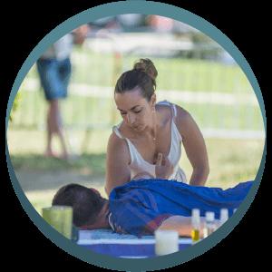 Massages sportifs pour relaxation et récupération avant et après effort